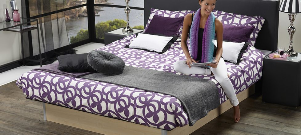 Basic stand-alone (Vrijstaand) waterbed.